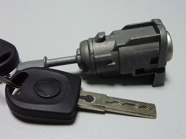 1U0837167E Bombillo puerta Volkswagen Golf IV